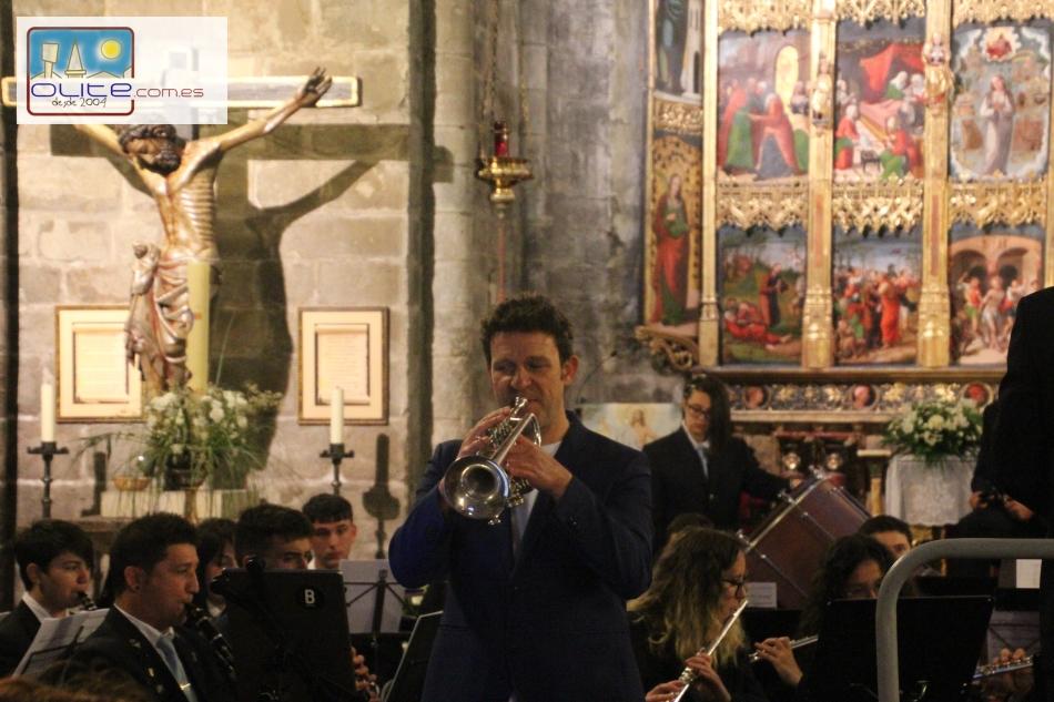 Olite.El Trompetista Luis Gonzalez deleita a Olite en los conciertos