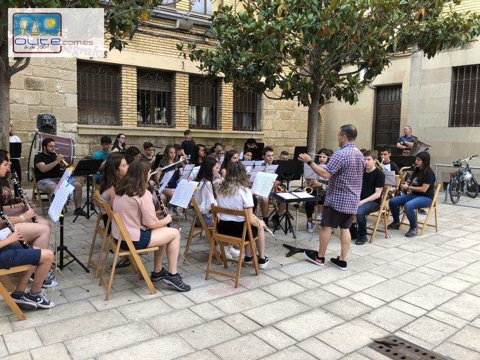 Olite.La Banda Juvenil ofrece el Concierto de Fin de Curso en la Plaza de la Música