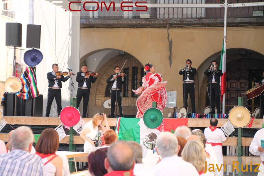 Olite.Último café concierto con Mariachis Mejicanos