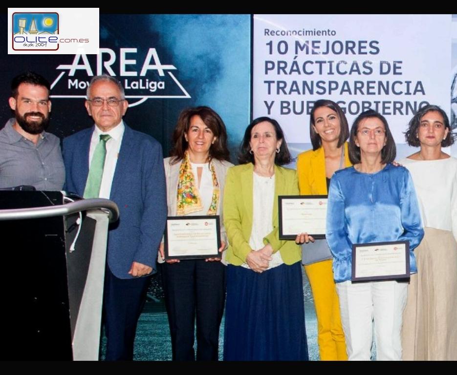 Olite.El olitense Daniel Cerdán recibe dos premios nacionales por la herramienta que permite calcular el grado de transparencia de más de 300  instituciones canarias