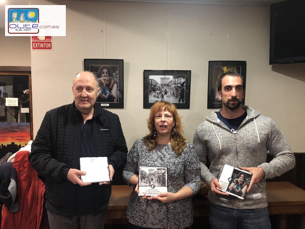 Olite.La Asociación Foto Berri entrega los premios al Concurso Fotográfico de los Medievales.