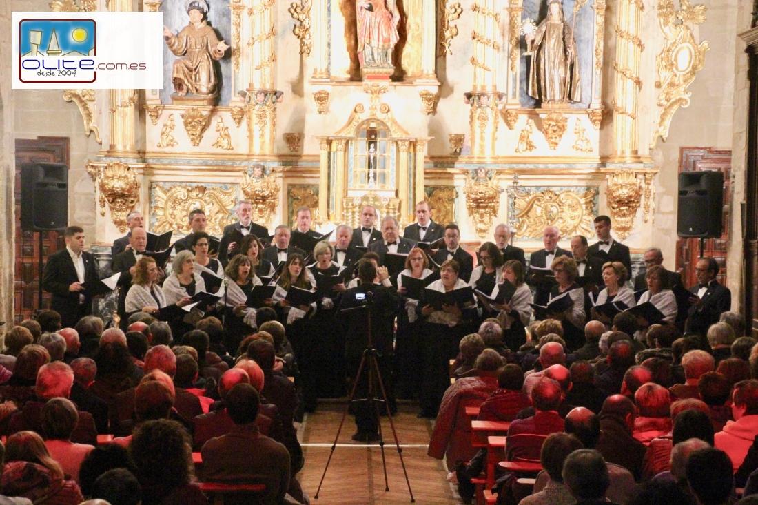 Olite.La Coral Olitense llena Las Clarisas en su concierto de Santa Cecilia