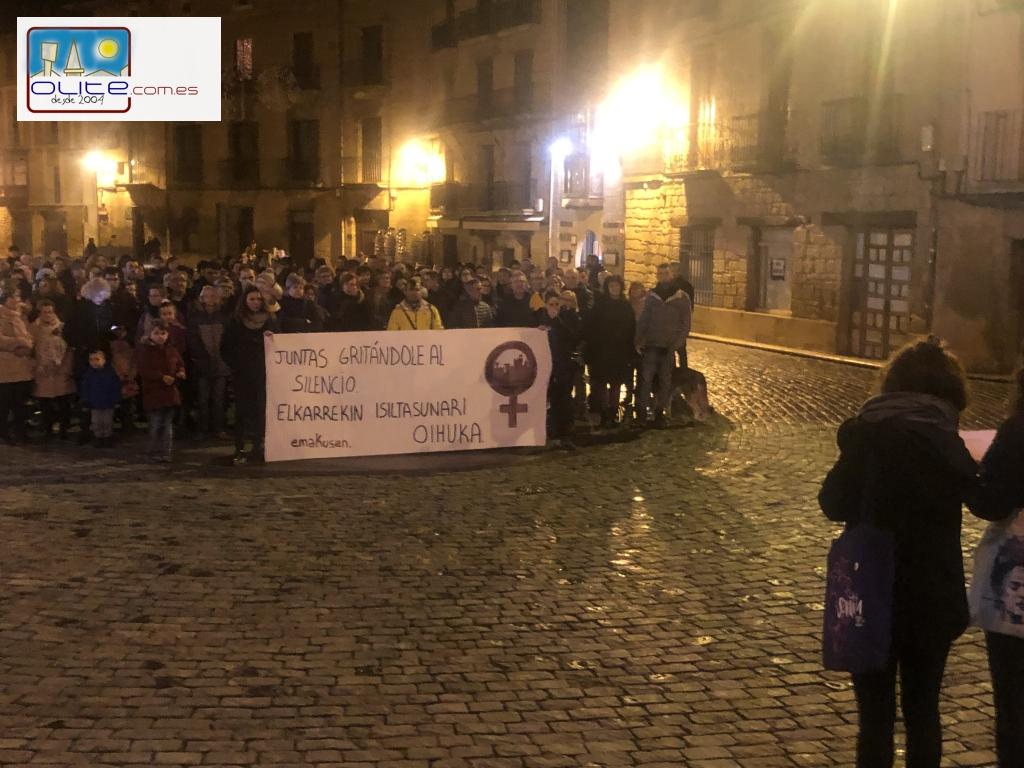 Olite.Olite se concentra por el Día Internacional contra la violencia hacia las mujeres 2019