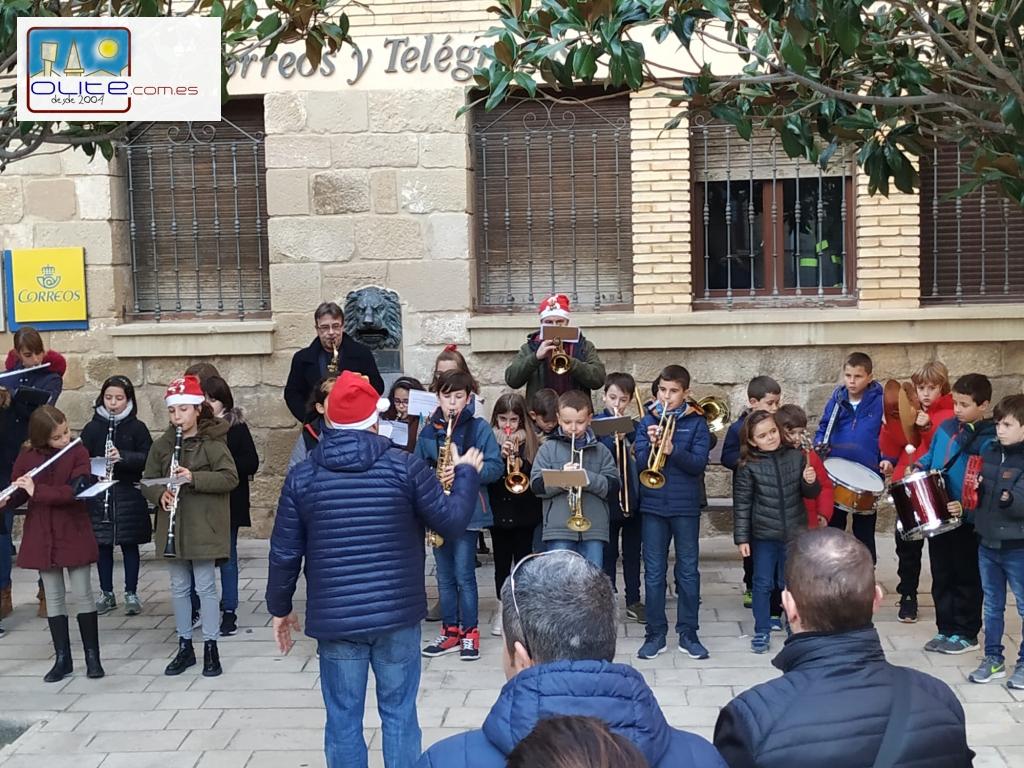Olite.Los instrumentos de la Escuela de Música ambientan las Rúas de Olite
