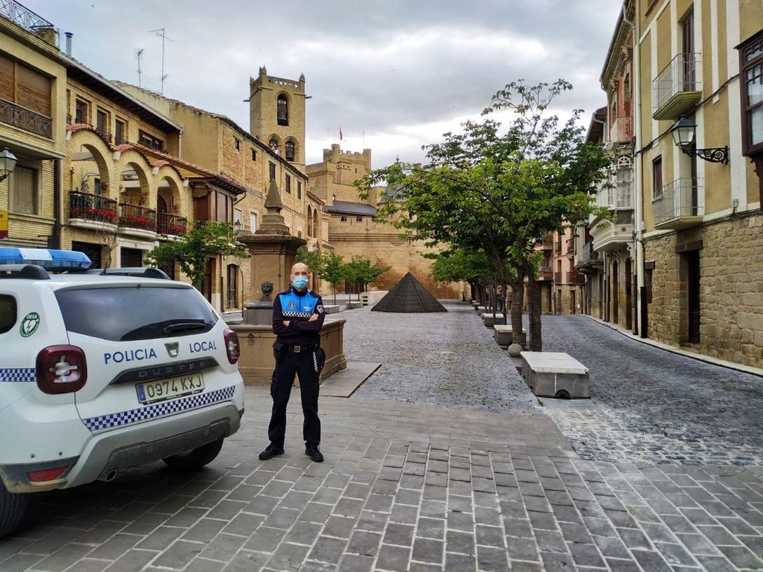 Olite.Ángel Guerrero se jubila de la Policía Municipal de Olite