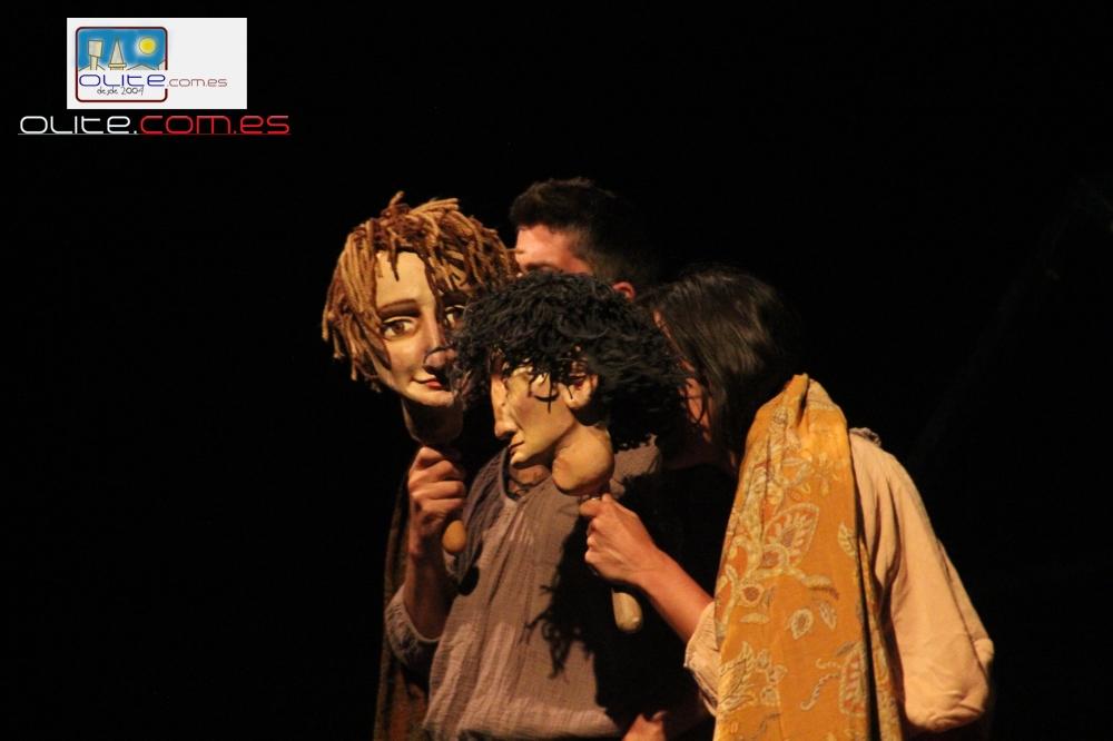 Olite.Los Titeres dueños de la noche en el Festival de Teatro
