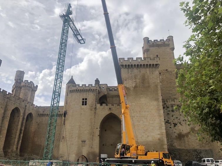 Olite.Comienzan las obras de mantenimiento del Palacio de Olite