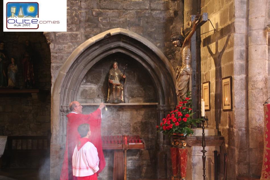 Olite.Olite, celebra la Eucaristia de la Exaltación de la Santa Cruz