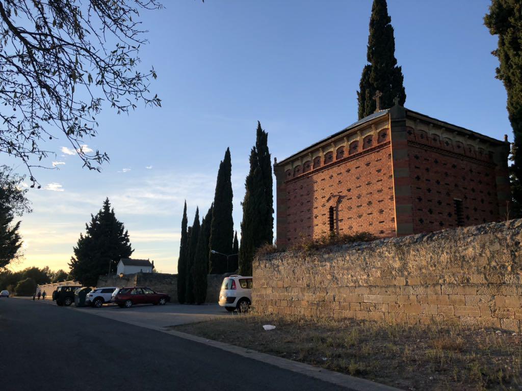 Olite.523 Visitantes en el Cementerio de Olite este fin de semana