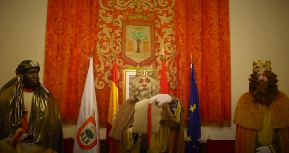 Olite.Sus Majestades los Reyes Magos han sido recibidos en el Ayuntamiento de Olite