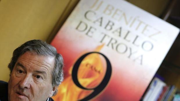 Olite.JJ Benitez recibirá en Olite el Premio Periodistas de Navarra