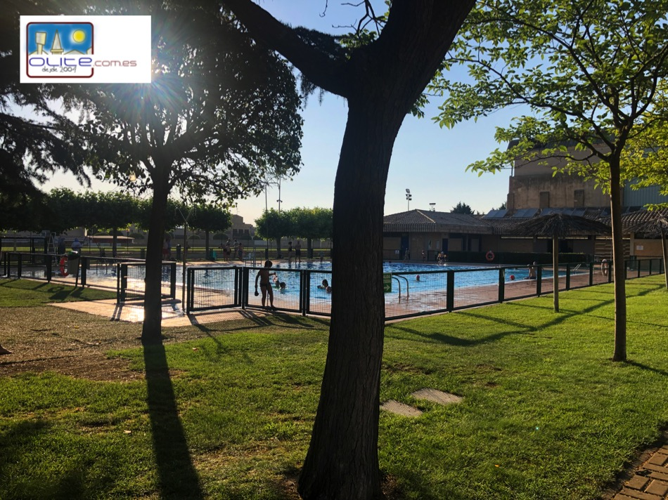 Olite.Hoy se han abierto las piscinas en Olite