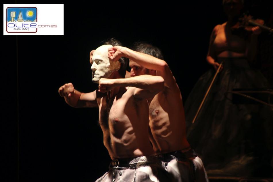 Olite.Se suspende la representación de ayer en La Cava
