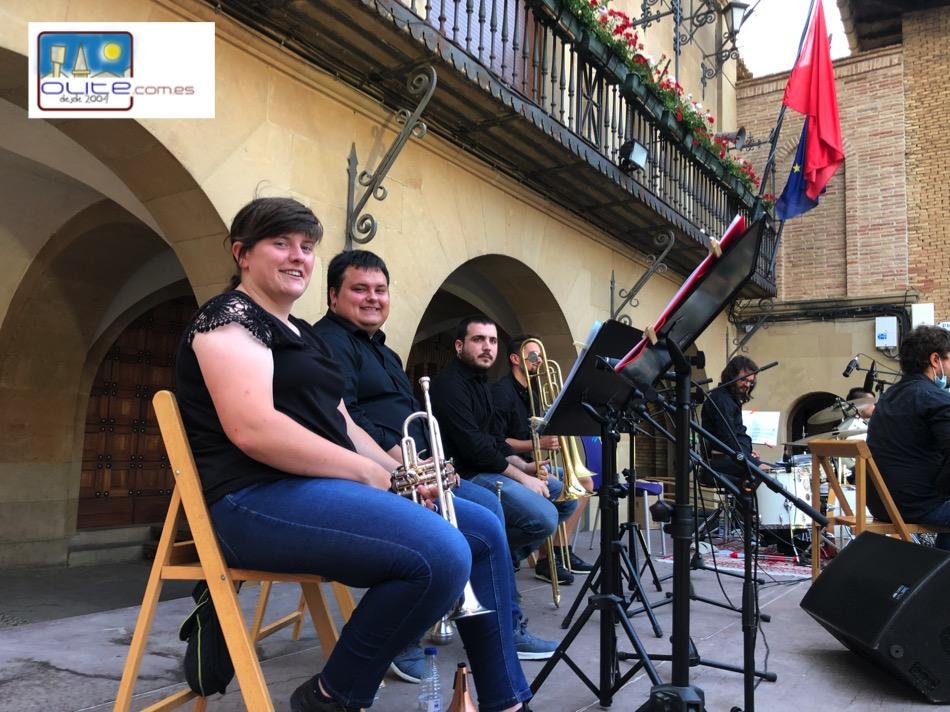 Olite.Concierto -Conociendo el Jazz- ayer en la Plaza Carlos III