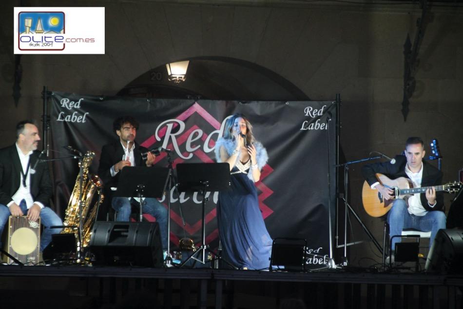Olite.La Orquesta Red Label actuó en Olite la noche del sábado de las NO Fiestas
