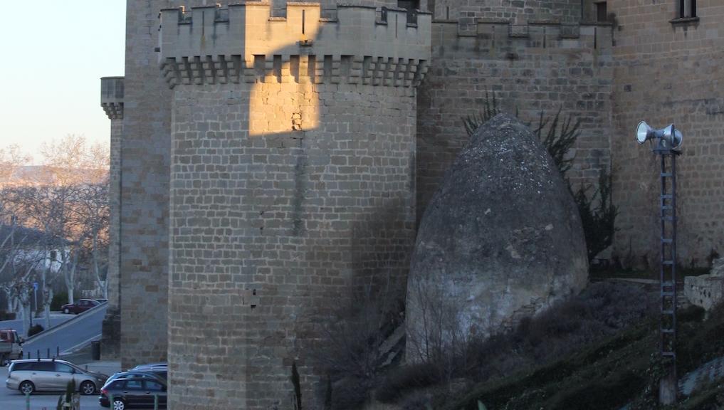 Huevo del Castillo. Olite